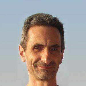 Jean Marc Tavani, professeur de Hatha Yoga et Qu Gong à l'Espace City'zen Paris